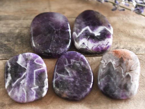 Natural Purple Chevron Amethyst Crystal Detox And Purification Healing Crystal Meditation Stones For Sale