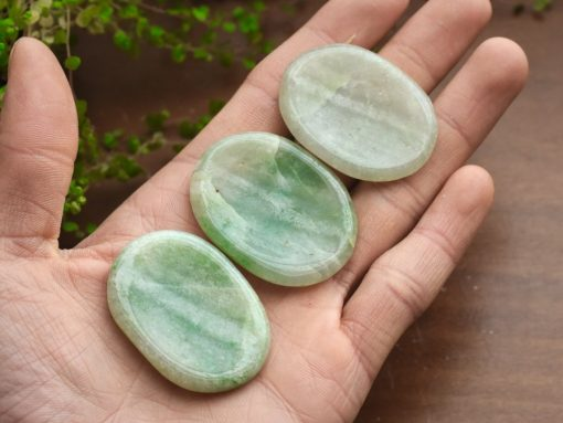 Wholesale Green Aventurine Worry Stone Lucky Crystal Aventurine Thumb Stone Sale