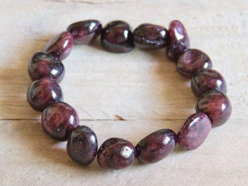 Red Garnet January Birthstone Birthday Gift Idea Natural Garnet Crystal Stretch Beaded Bracelet For Sale