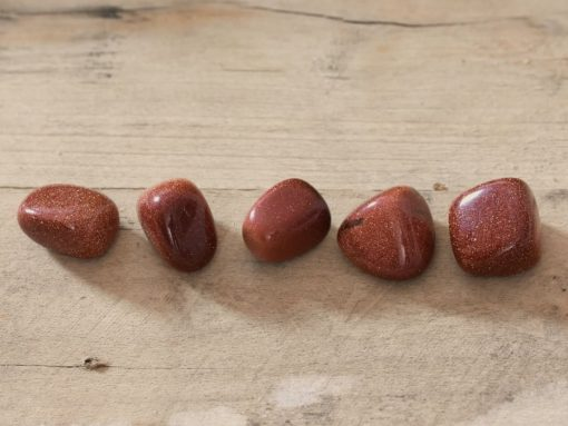 Glittering Red Goldstone Crystal Gold Stone Tumbled Rocks Bulk Jewelry Supplies For Sale