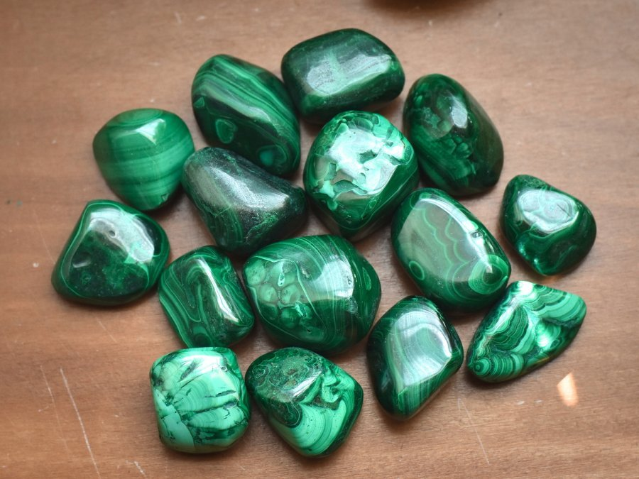 Green Malachite Crystal Bulk Crystals Tumbled Stone Natural Malachite For Sale At Best Crystals Wholesale