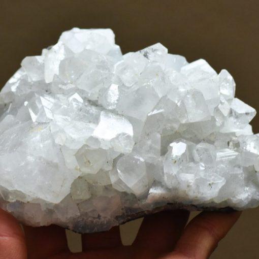 Large Zeolite Quartz Cluster